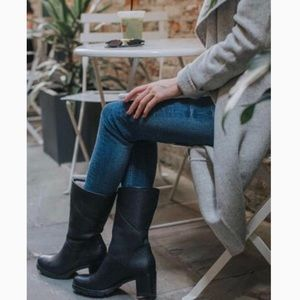 New Ugg Jessia snow winter pull on ankle boots